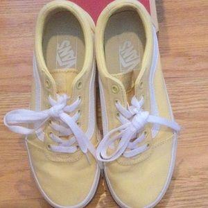 Ward Canvas Vans Sneakers